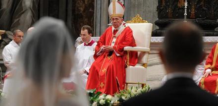 papa-francesco-matrimonio-20140914161701